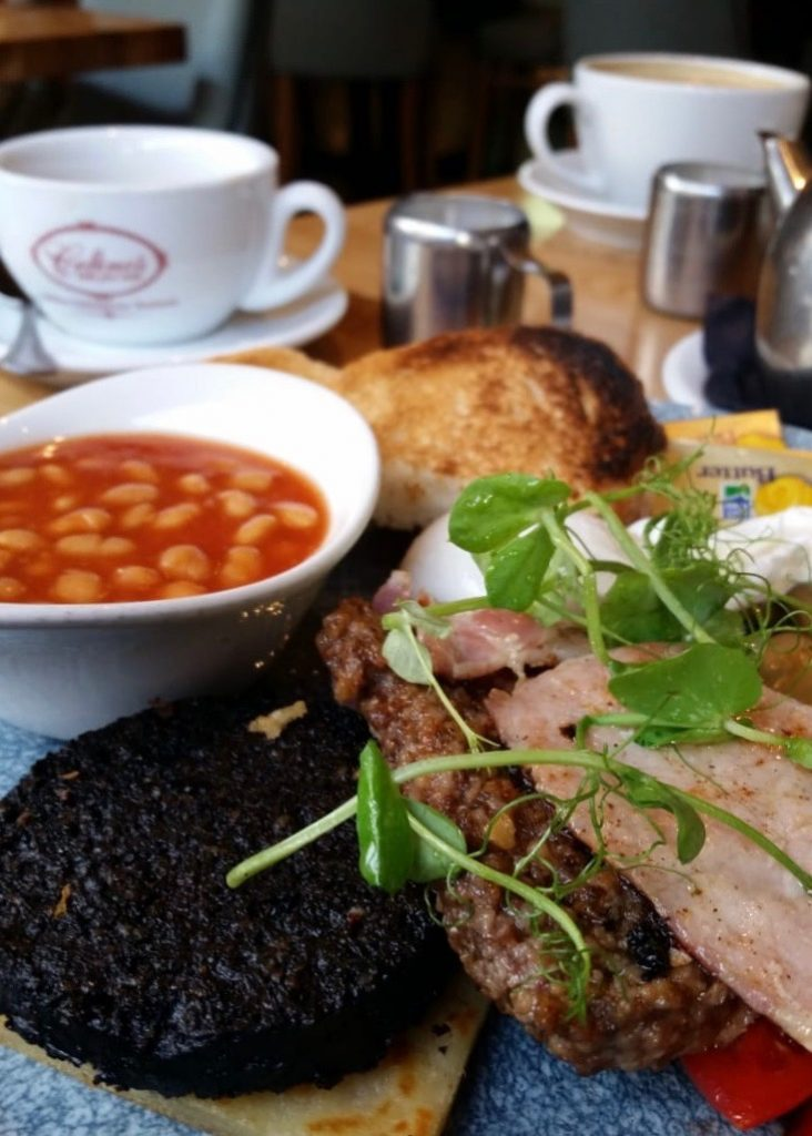 How to make the most of 48 Hours in Glasgow | Full Scottish breakfast at Celino's Partick via wanderwings.com